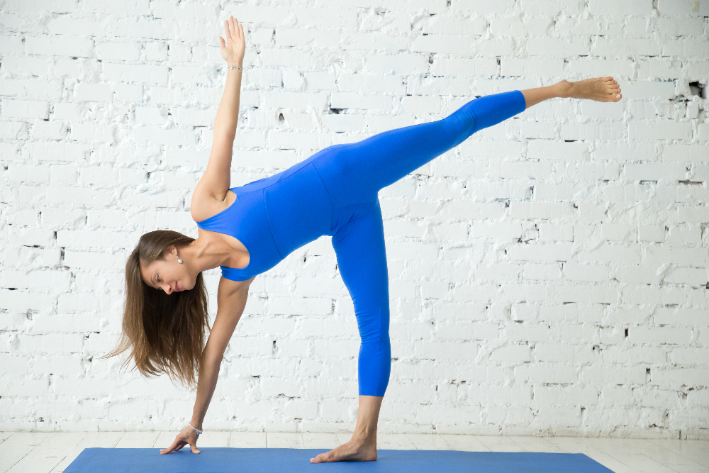 YOGA Half moon pose 2